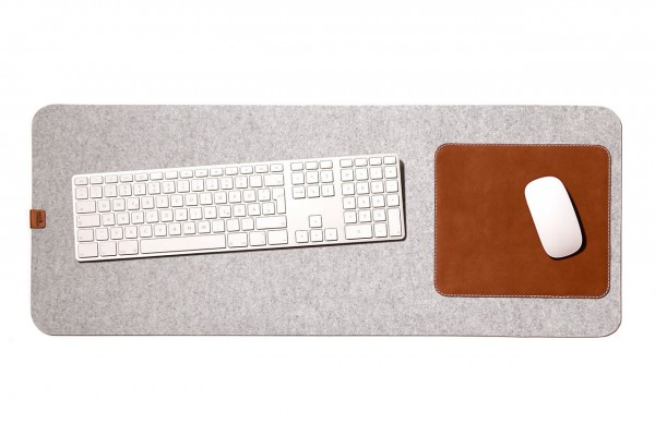 Desk pad handmade of leather and wool felt in light grey