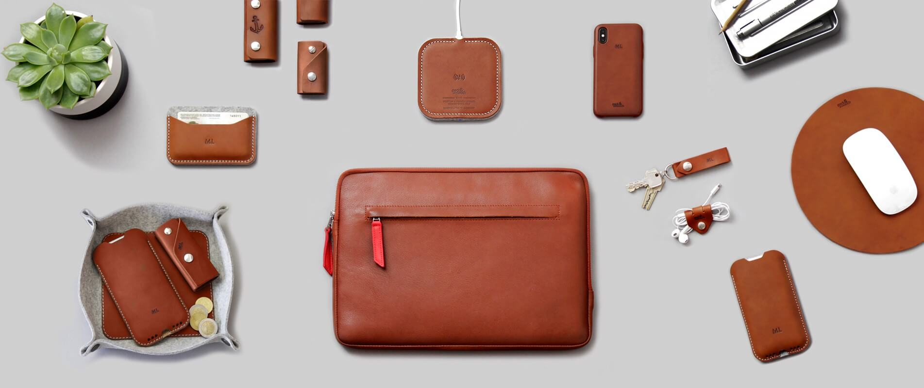 Pack & Smooch makes your tailor-made suit for high-quality Apple products