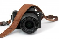 Light brown leather camera strap