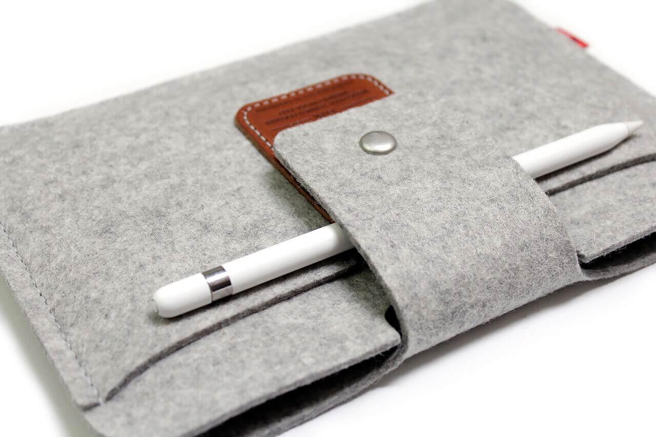 filz-huelle-filztasche-filz-iPad-mini-5-huelle-ipad-mini-5-tasche-pencil-halter-packandsmooch-glb5eWuIFoRYzDkoH