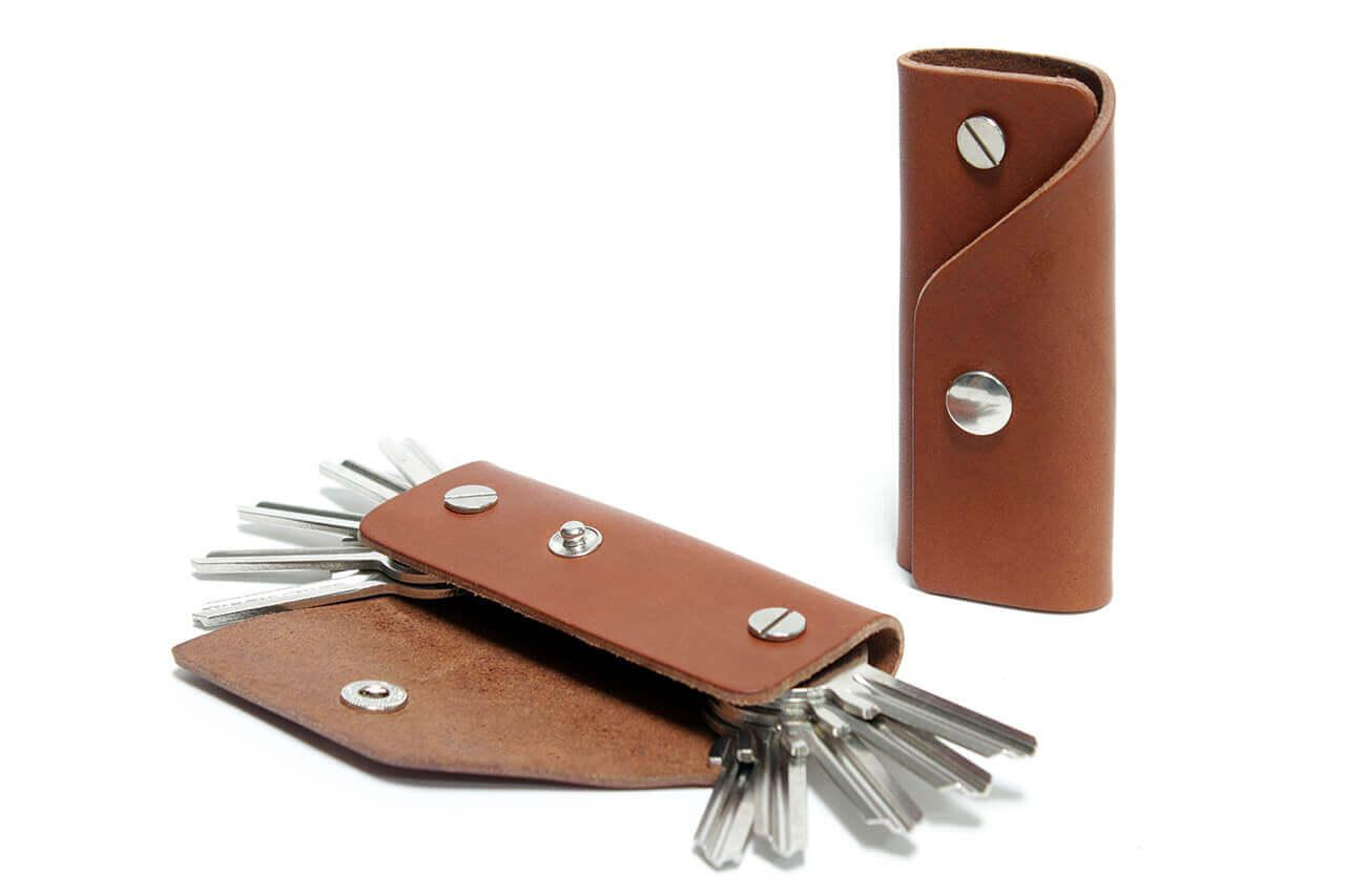 schluesseletui-leder-schluessel-tasche-maenner-geschenk-handmade-kingsley-pack-smooch-llbbKLLonRWxK3mE